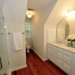 Master bathroom at 610 Hobcaw Bluff