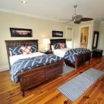 25 Ocean Point guest bedroom