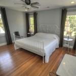 19 Gordon Street master bedroom