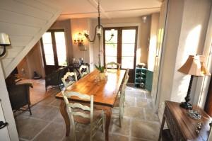 Dining room at 24 Lamboll