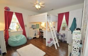 Guest bedroom 10 Jamaica Drive