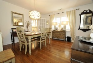 Dining room at 10 Jamaica Drive