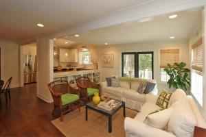 1426 Inland Creek Way living room