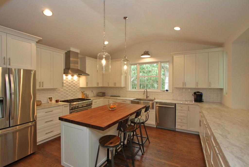 Kitchen at 1426 Inland Creek Way in Mt. Pleasant, SC
