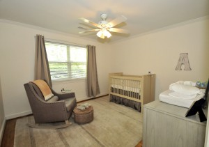 1702 Poe Ave guest room