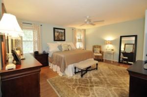 Master bedroom at 980 Cottingham Drive