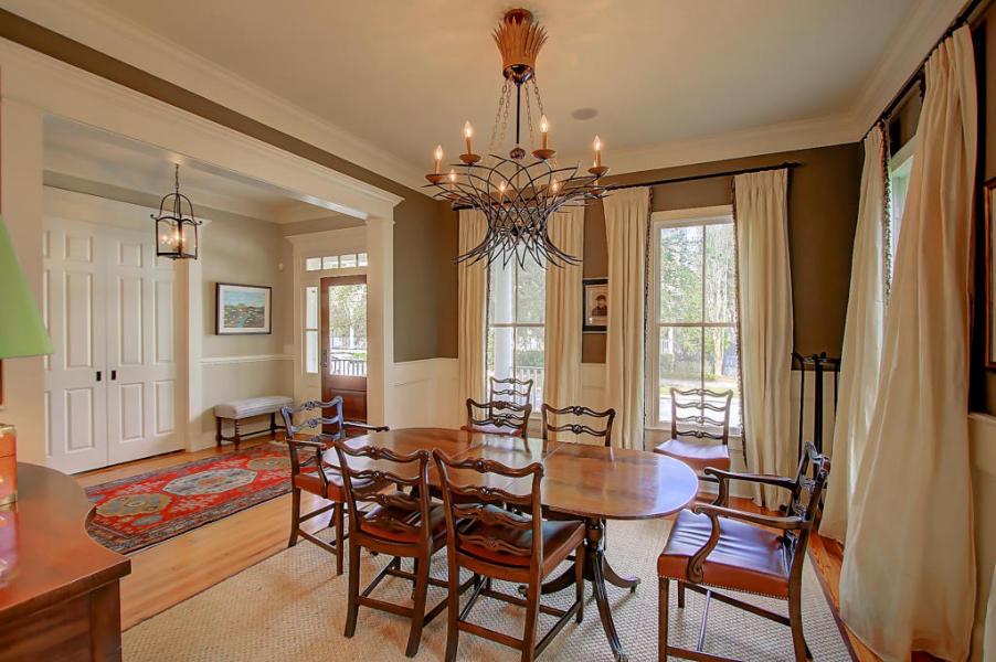 Dining room at 23 Perseverance Street