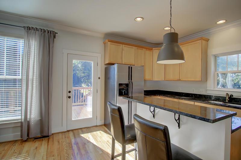 1067 Buist Avenue kitchen