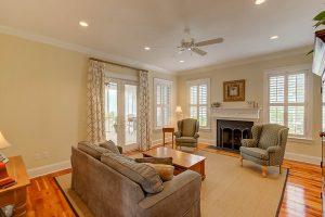 105 Lucia Street living room