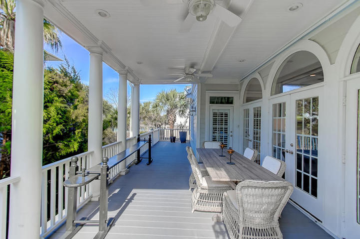 208 Haddrell Street covered porch