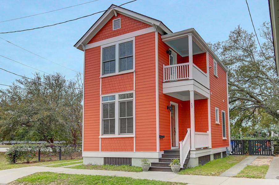 15 Engel Street, Charleston, SC 29403