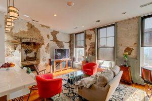 143 East Bay living room
