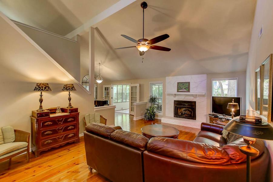 Living room at 1129 Shady Grove Lane