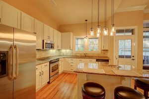 5146 Coral Reef Drive kitchen