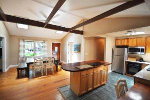 Kitchen & dining area at 3607 Hartnett Boulevard