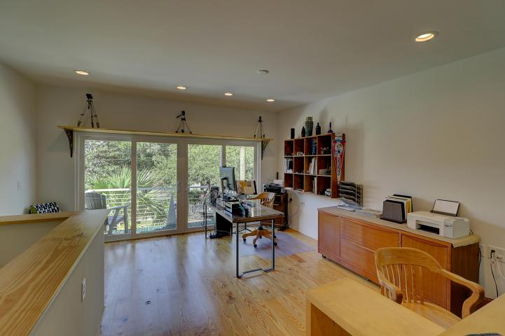 Guest house loft at 1112 Simmons Street