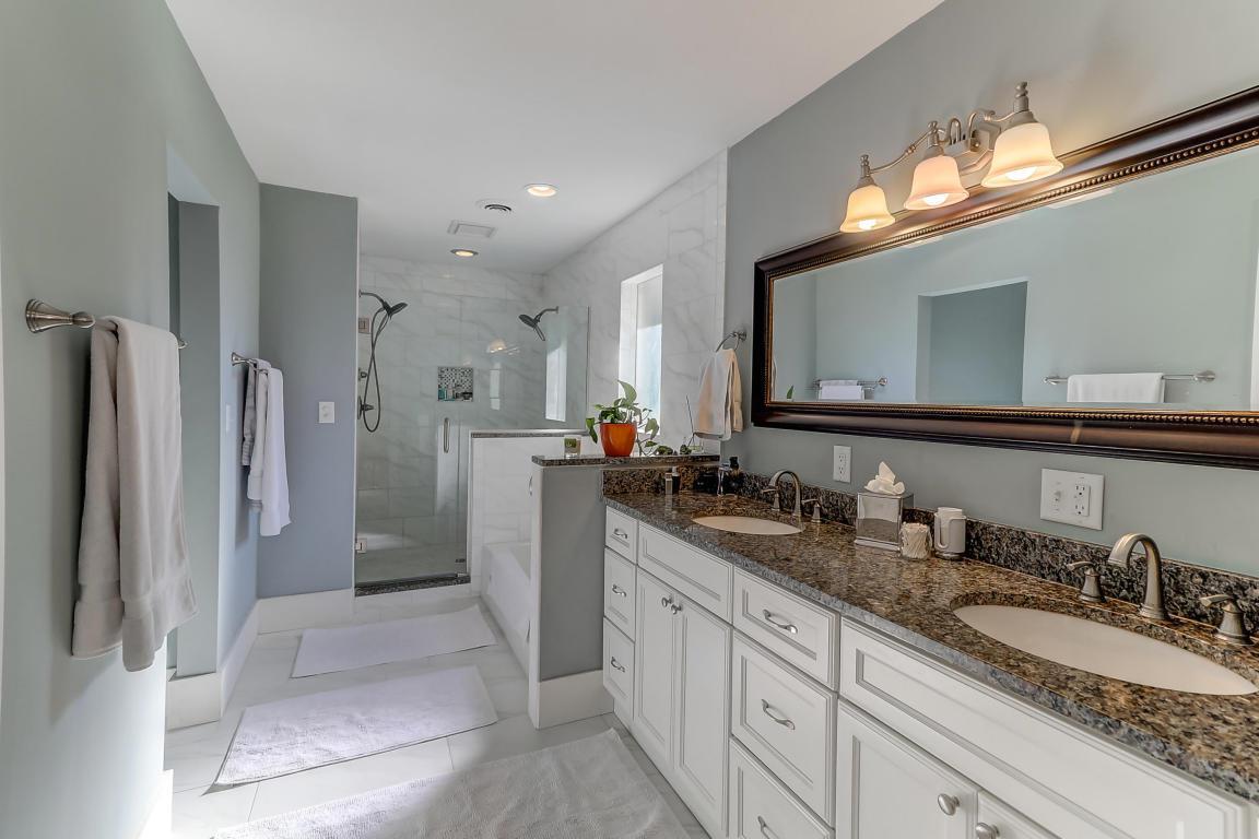 Master bathroom at 18 Rebellion Road, West Ashley