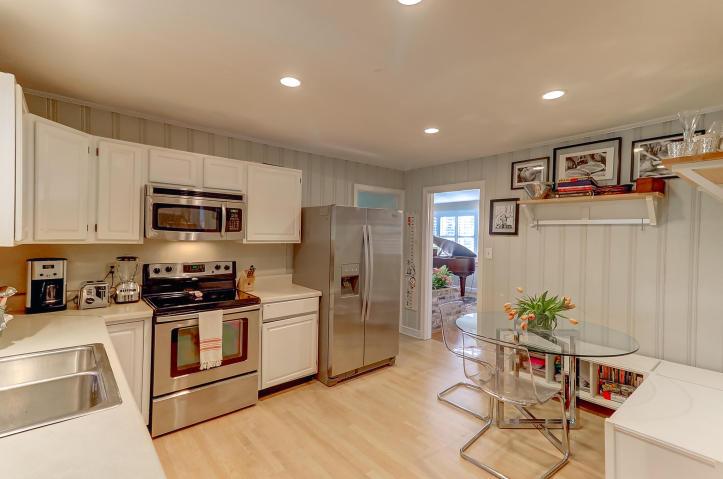 Kitchen at 1045 Tall Pine, Mount Pleasant