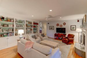 Living room at 291 Hobcaw Drive, Mount Pleasant