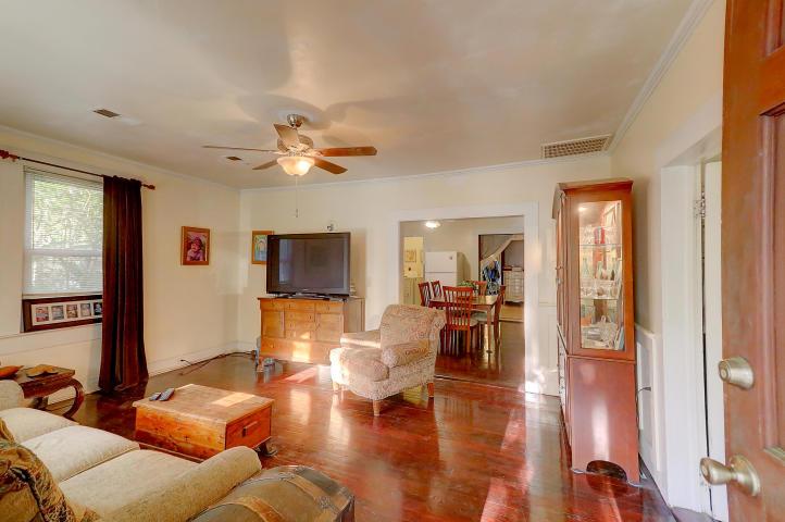 Living room at 442 Woodland Shores Road, James Island