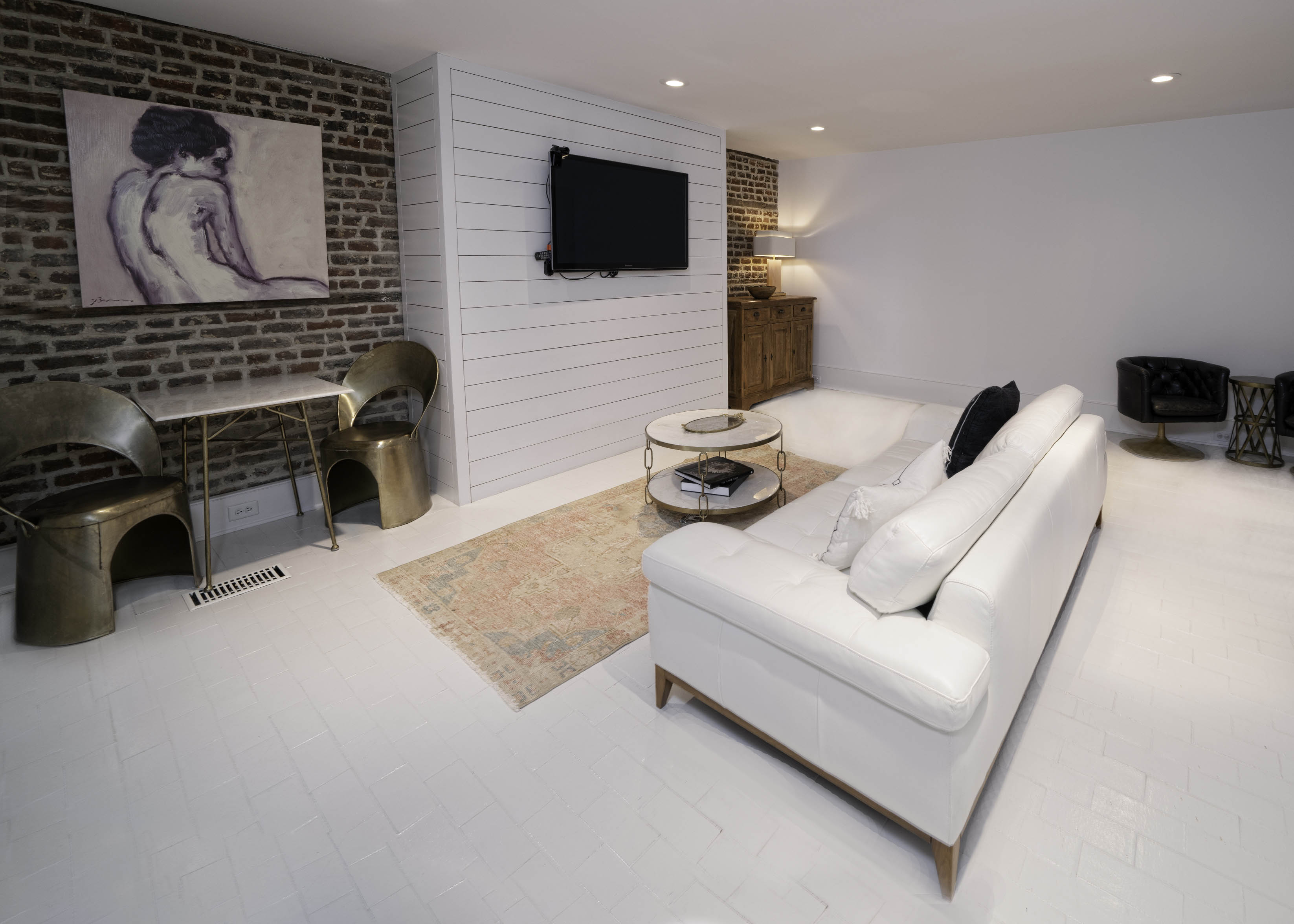 34 Montagu Street B living room