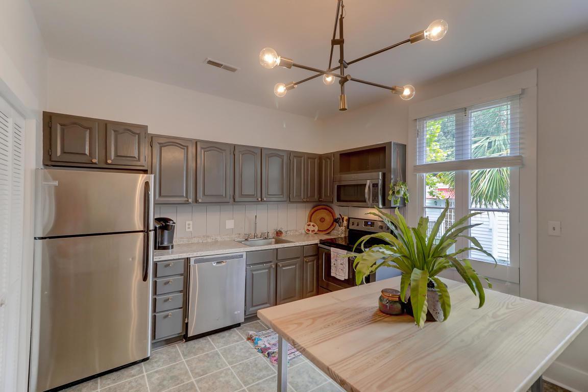 258 Rutledge kitchen 1