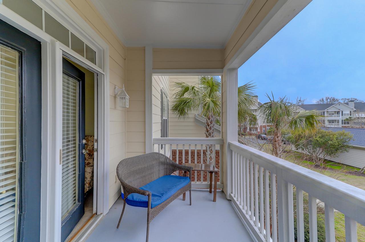 45 Sycamore porch