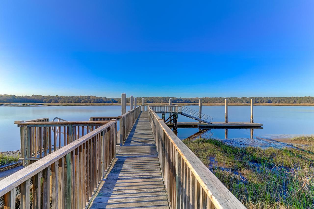 Paradise Island boat dock