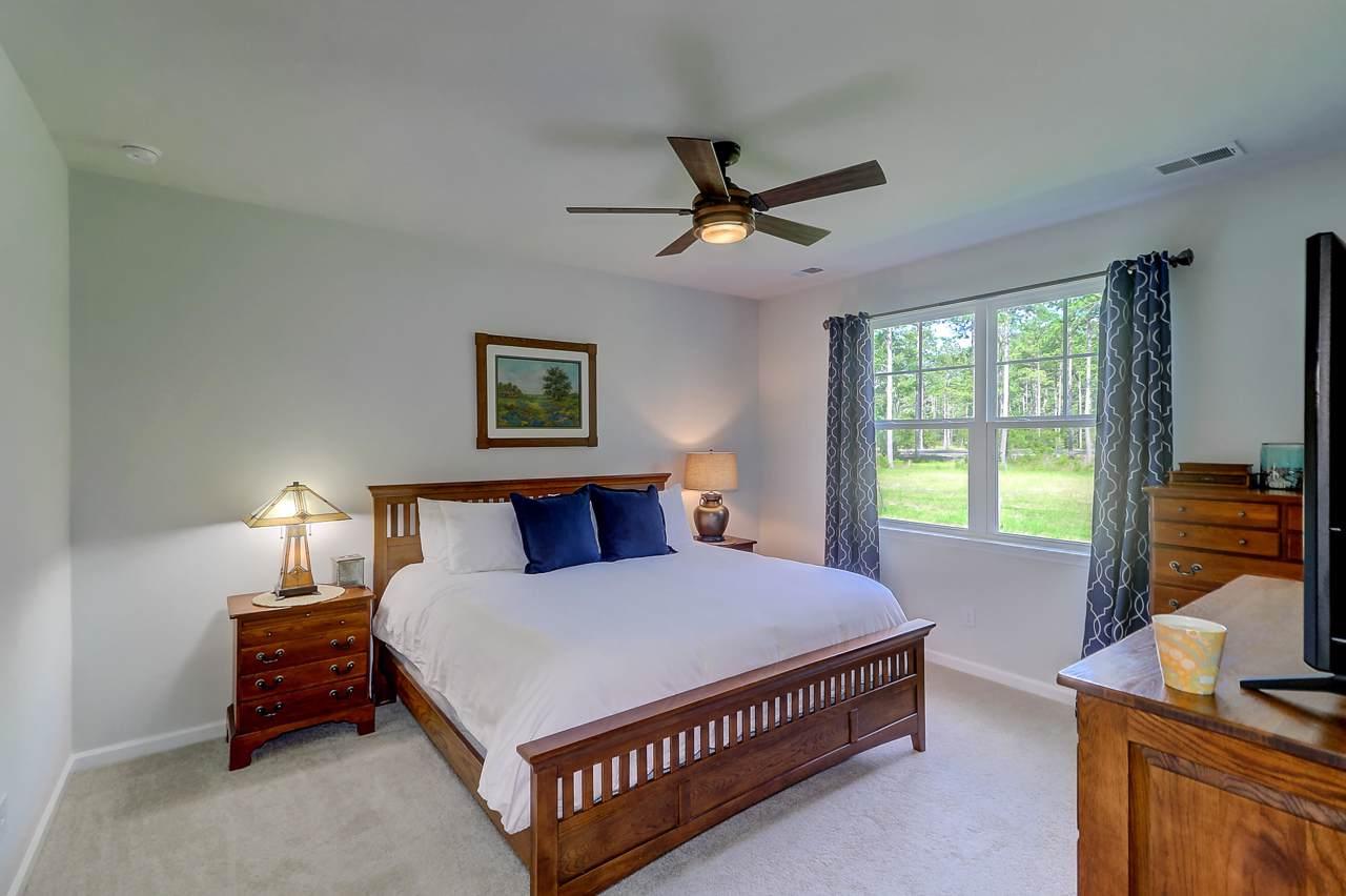 457 Zenith Boulevard master bedroom