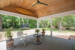 933 Trowman Lane porch & yard