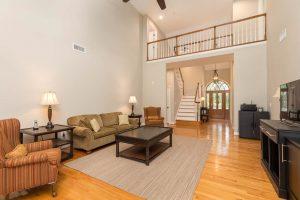 5038 Stono Plantation living room