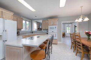 5038 Stono Plantation Drive kitchen