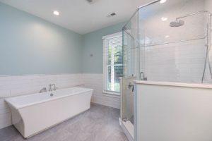 5038 Stono Plantation master bathroom