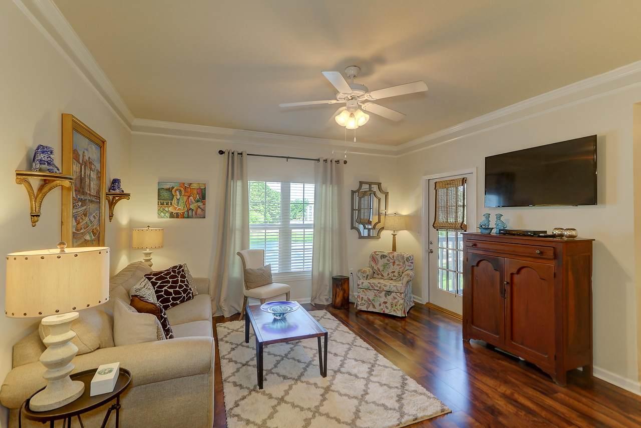 1300 Park West living room