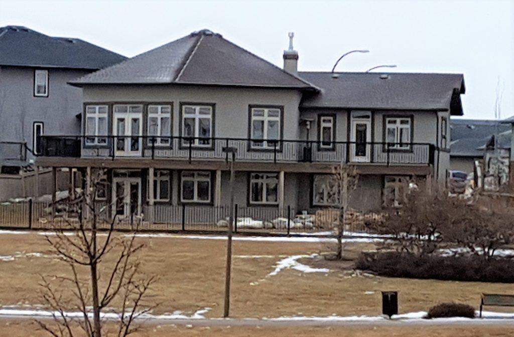 338 Greenfield Terrace