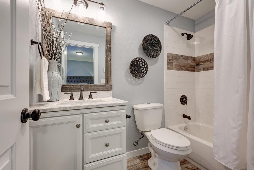 Greater charlotte real estate blog scarlett property group - Half bathroom ideas photo gallery ...