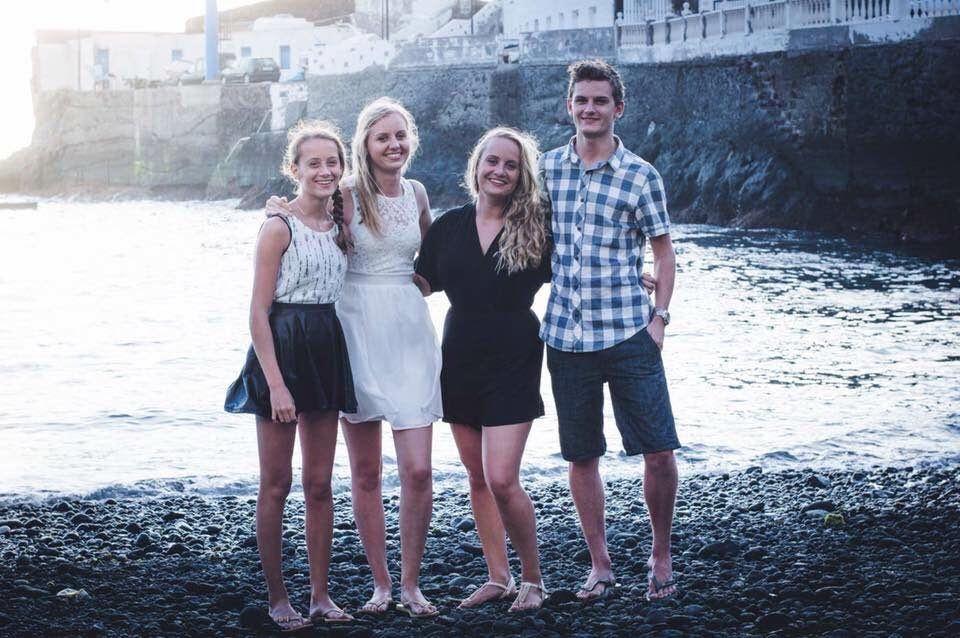 sander-family