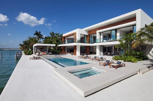 Casa Clara - 212 W Dilido Dr Miami Beach, FL - Record Sale Venetian Islands - Prestige Realty Group