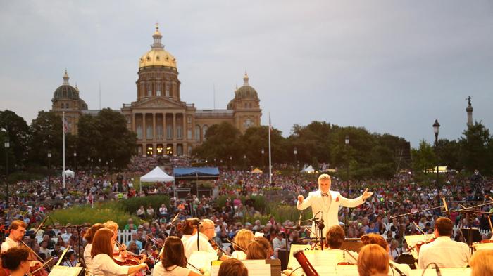 Entertainment in Des Moines Iowa