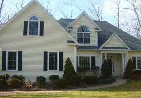 Farmington Woods Real Estate