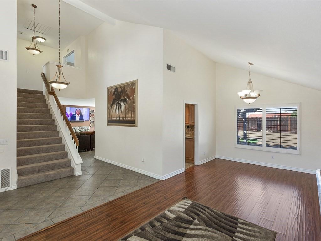 9083 Limecrest Rd. Formal Living Room | The DeBonis Team