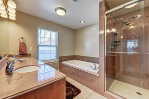 3461 Desaix Boulevard | The Robin Realty Group
