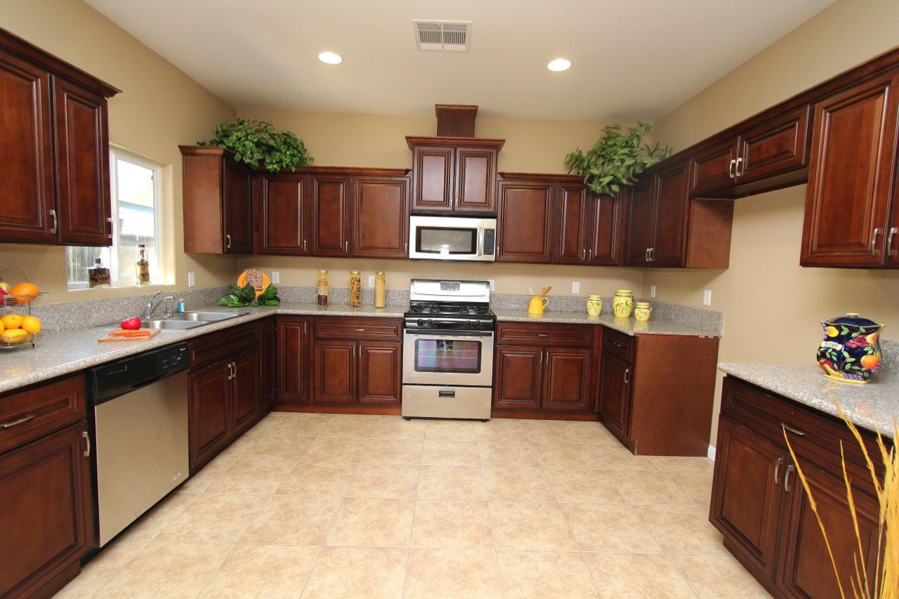 11 Kitchen 2