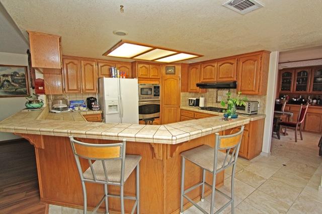 15 Kitchen 2