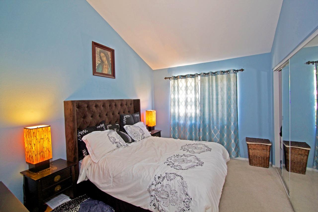 16 Master Bedroom 1B