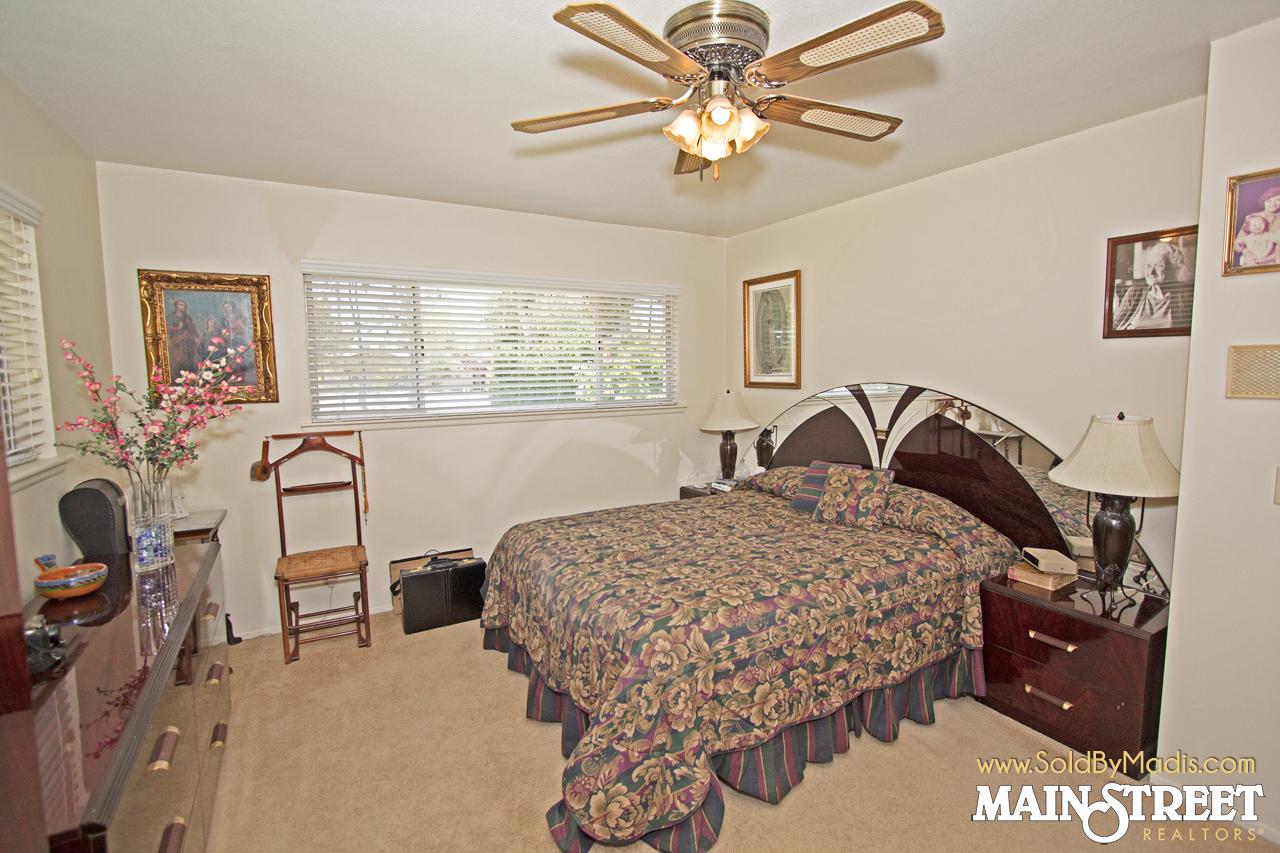 17 Bedroom 1