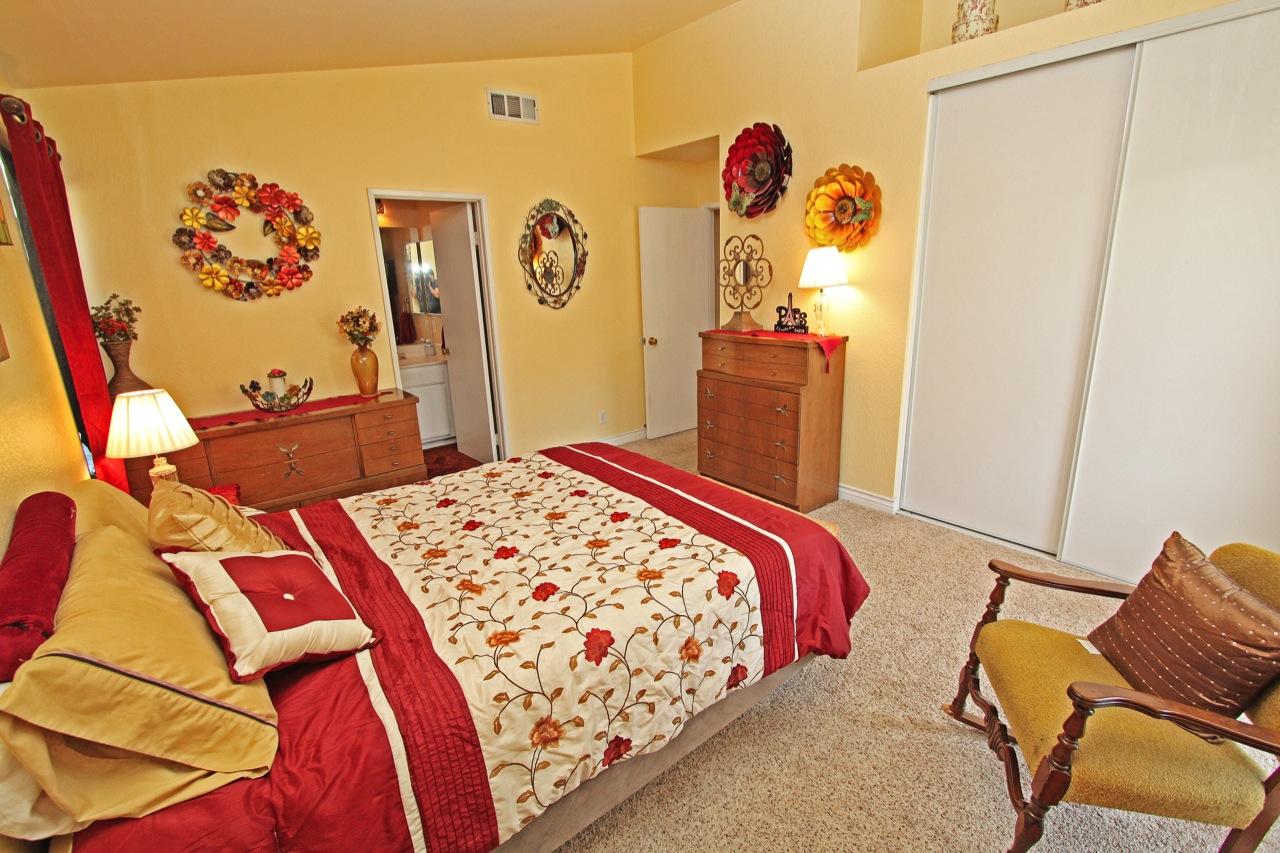 18 Master Bedroom 1D