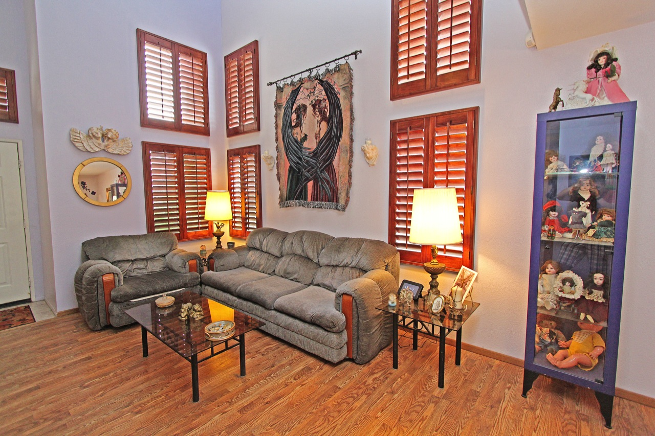 2 Living Room 1