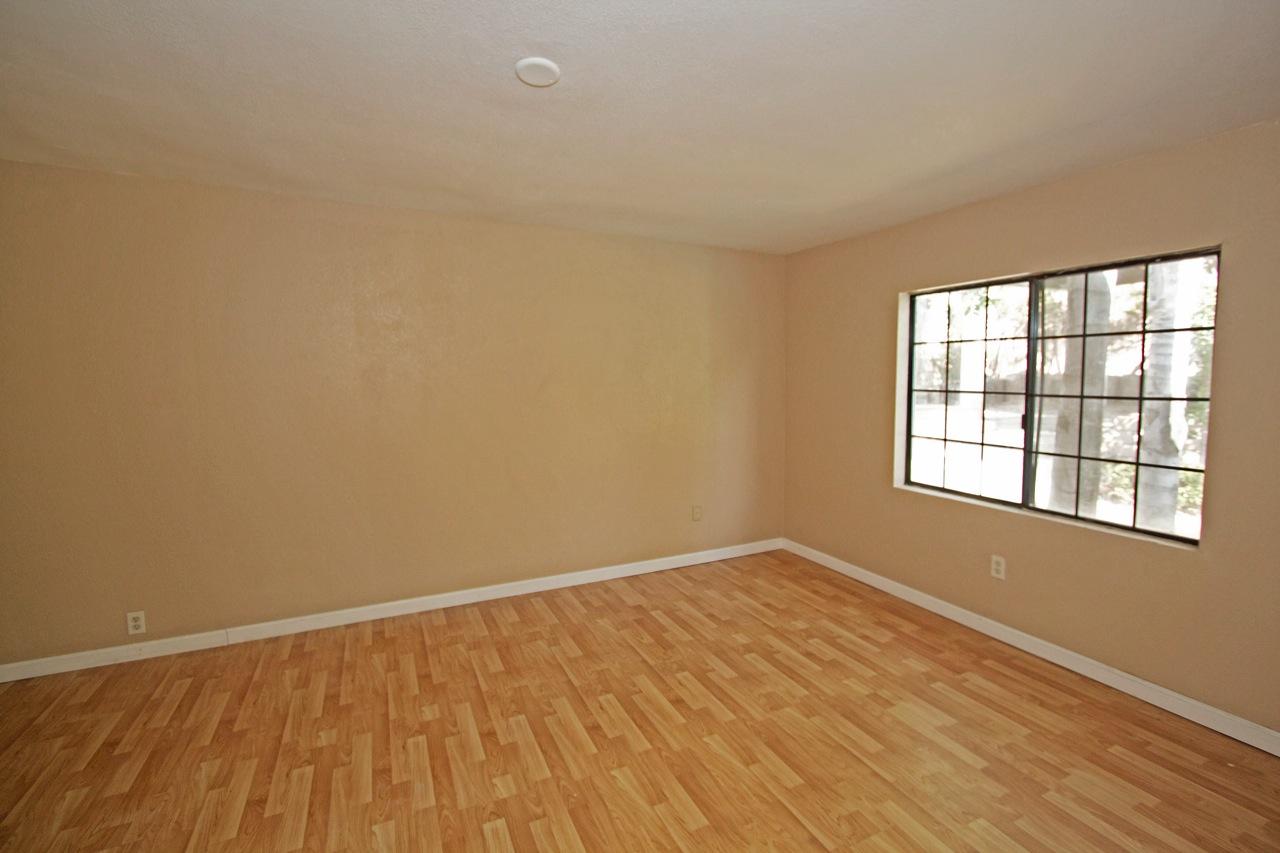 21 Bedroom 4