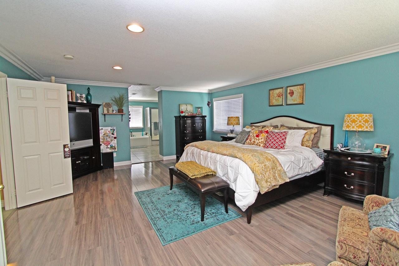 22 Master Bedroom 1B